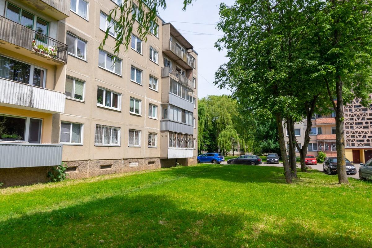 Parduodamas butas V. Krėvės pr. , Dainavoje, Kaune, 44.49 kv.m ploto, 2...